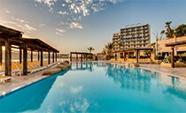 4* Sunny Coast Resort Club