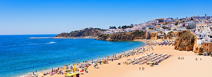 Cheap and luxury hotels in Albufeira near the beach