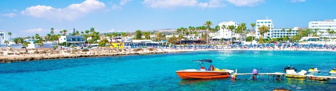 Båt på Cypern