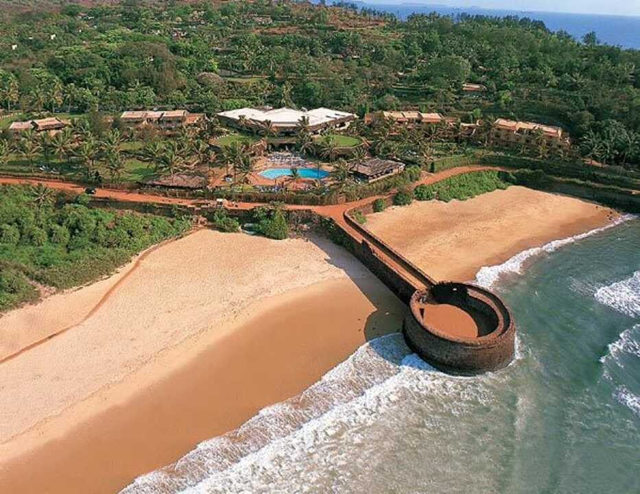 Cheap Holidays To Candolim On The Beach