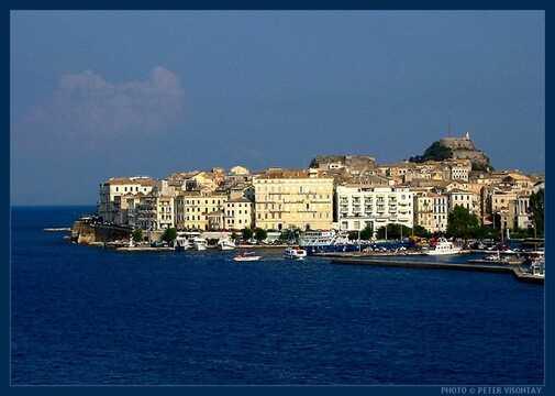 Reis på ferie til Corfu Town