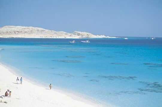 Nosrani Bay Holidays