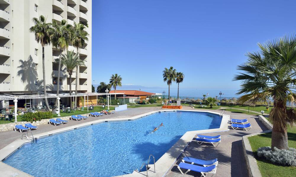 Sol timor torremolinos costa del sol on the beach for Hotel luxury costa del sol torremolinos
