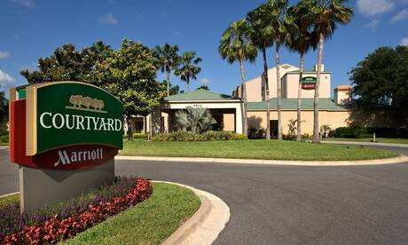Courtyard by marriott convention center