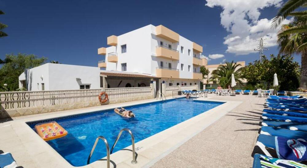 Zodiac Apartments - San Antonio Bay, Ibiza | On the Beach