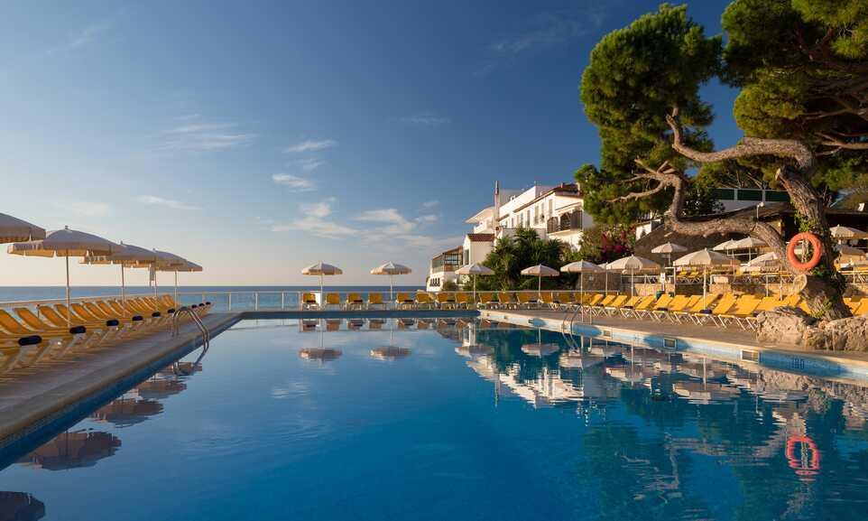 H TOP Caleta Palace - Platja d'Aro, Costa Brava | On the Beach