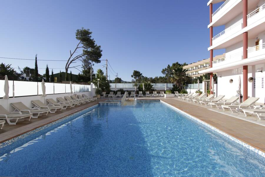 La kiki Apartments - San Antonio Bay, Ibiza | On the Beach