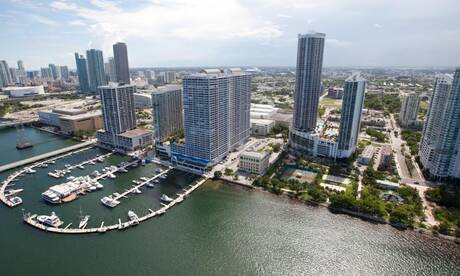 Doubletree-grand-hotel-biscayne-bay