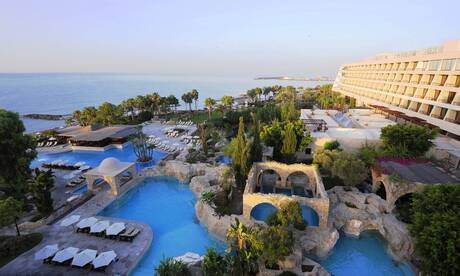 Le-meridien-limassol-spa-and-resort