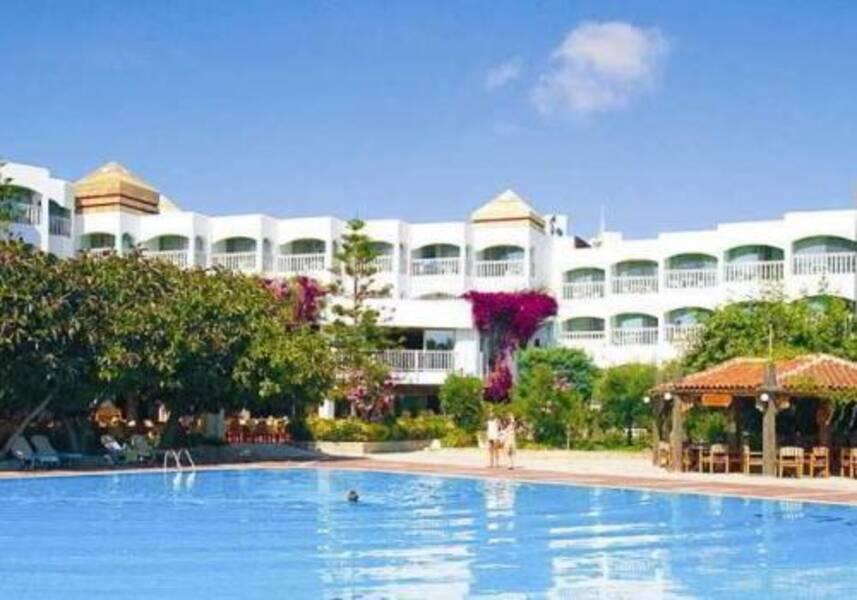 Www Hotel Defne Ana
