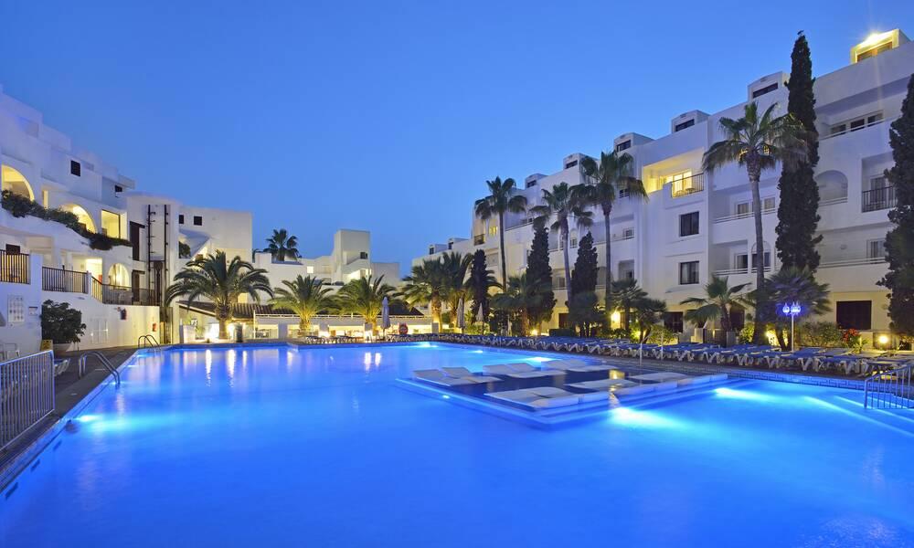Sol Cala D Or Apartments Cala D Or Majorca On The Beach