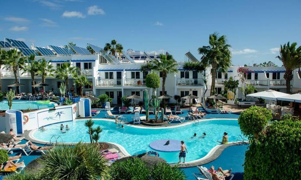 Parque tropical apartments puerto del carmen lanzarote on the beach - Cheap hotels lanzarote puerto del carmen ...
