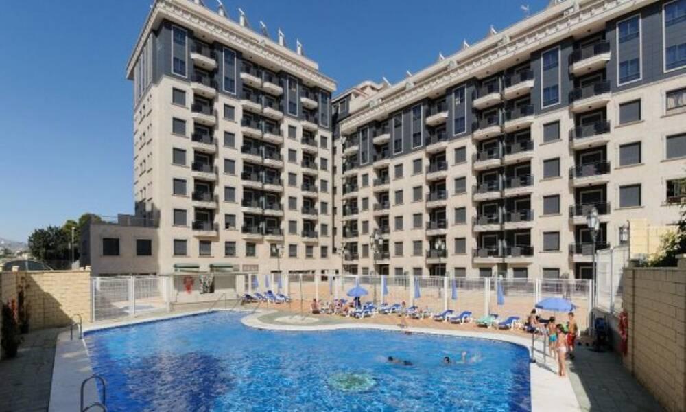 Nuria sol apartments fuengirola costa del sol on the beach - Apartamentos nuriasol fuengirola ...