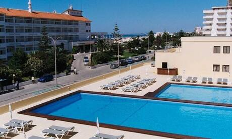 Yellow-monte-gordo-beach-hotel