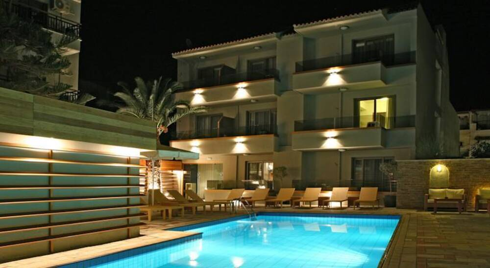 Bourtzi boutique hotel skiathos skiathos on the beach for Small hotels of the world uk