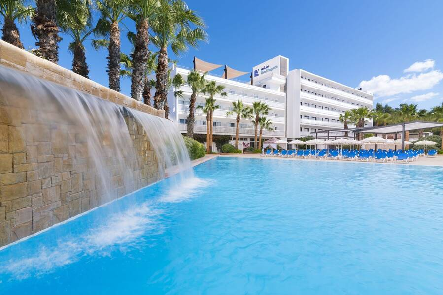 Azuline Hotel Bergantin San Antonio Bay Ibiza On The