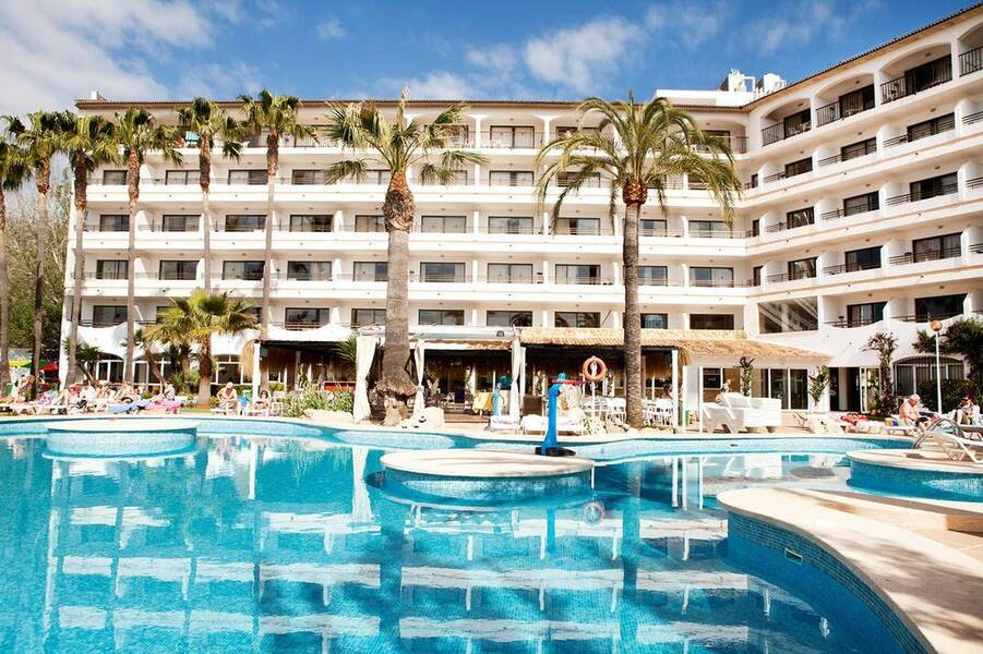 Sol de Alcudia Apartments - Alcudia, Majorca | On the Beach