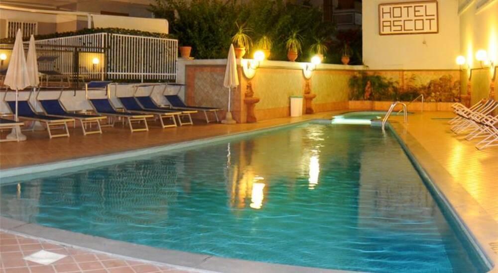 Hotels In San Antonio >> Ascot - Sorrento, Neapolitan Riviera   On the Beach