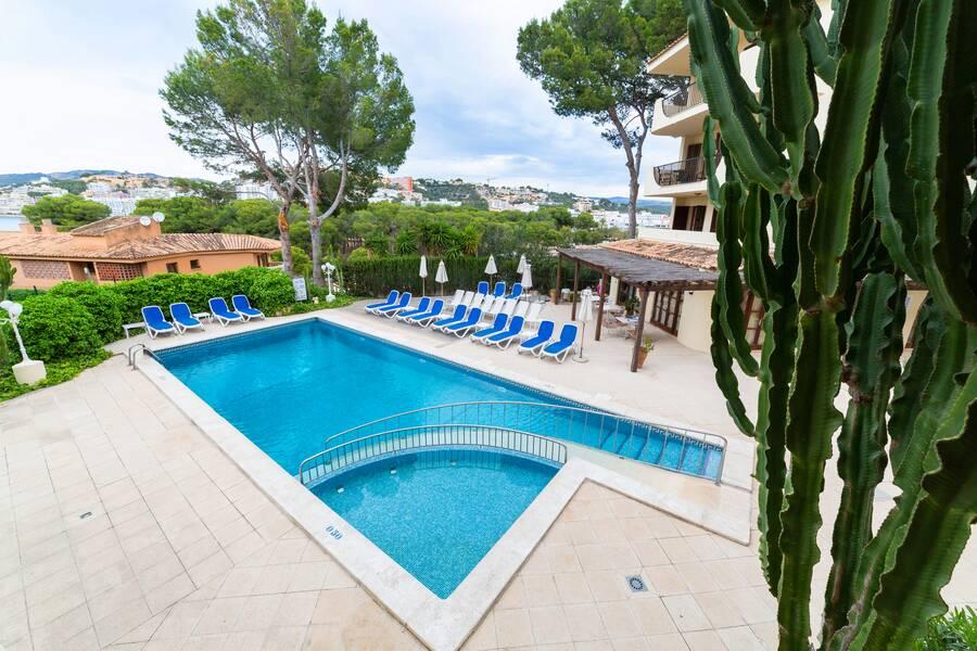 Casa Vida Apartments - Santa Ponsa, Majorca | On the Beach