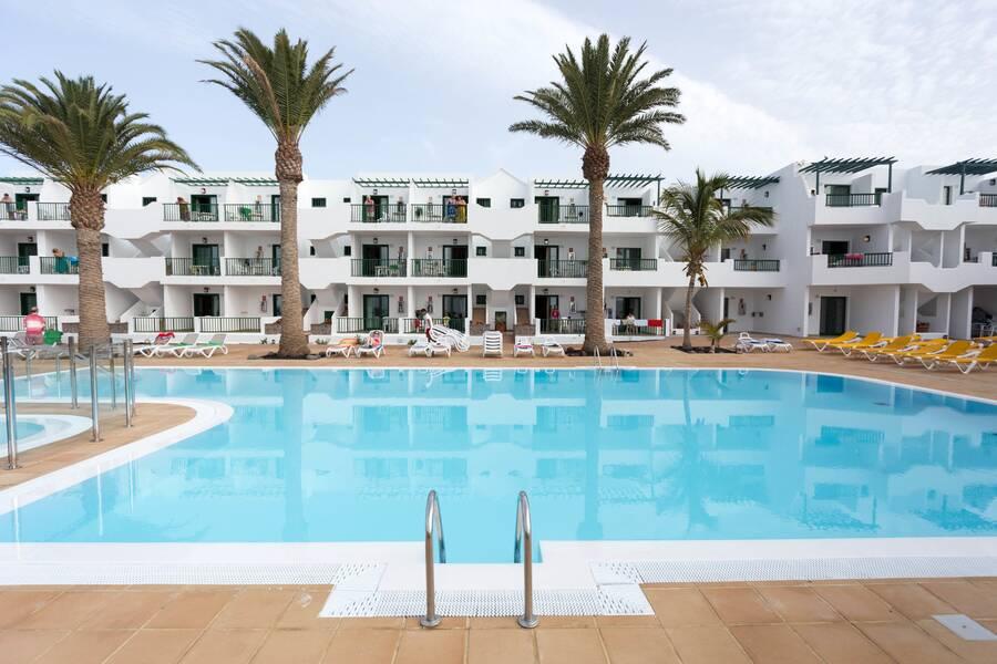 Acuario sol puerto del carmen lanzarote on the beach - Cheap hotels lanzarote puerto del carmen ...
