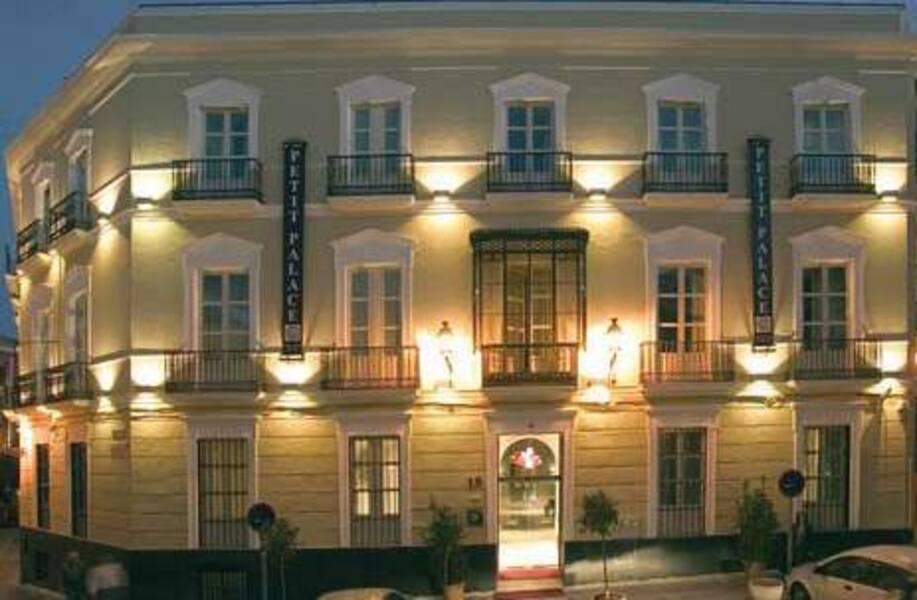 Hotel Petit Palace Santa Cruz Siviglia