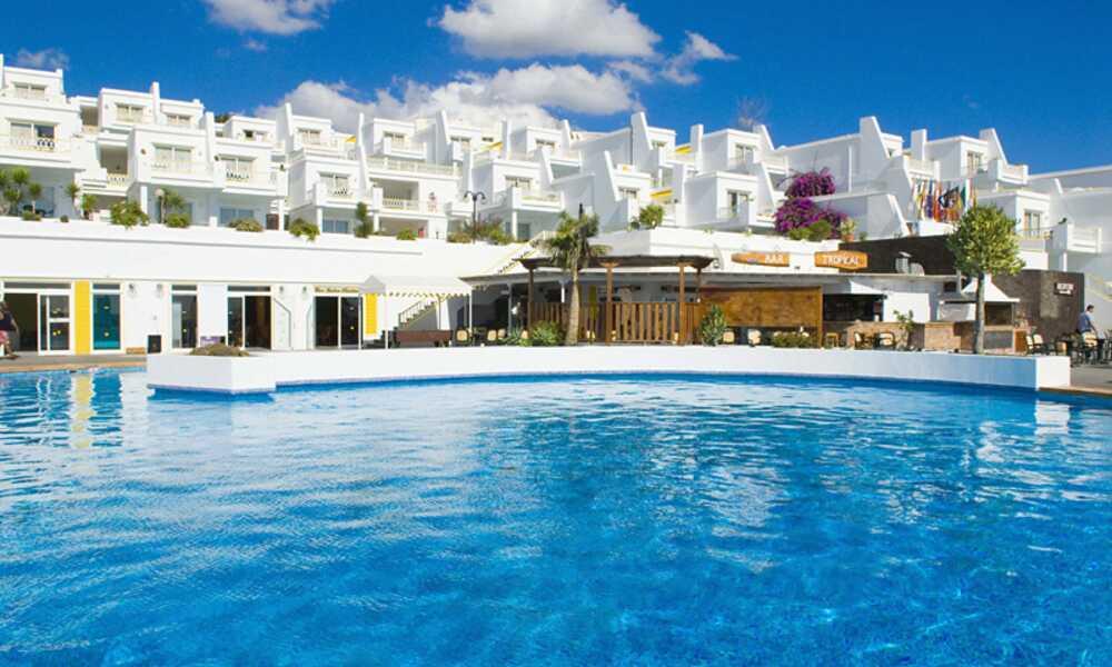 BelleVue Aquarius - Puerto Del Carmen, Lanzarote | On the Beach