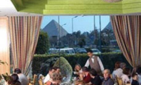 Movenpick-cairo-pyramids-resort