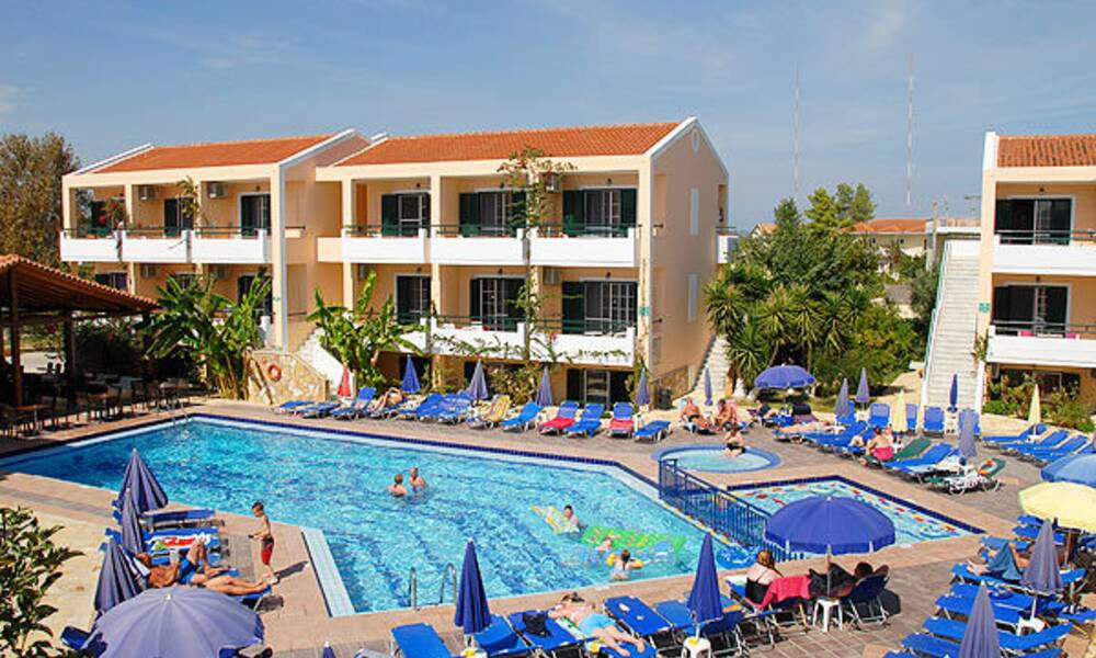 Oscar Apartments Zante Laganas Zante On The Beach