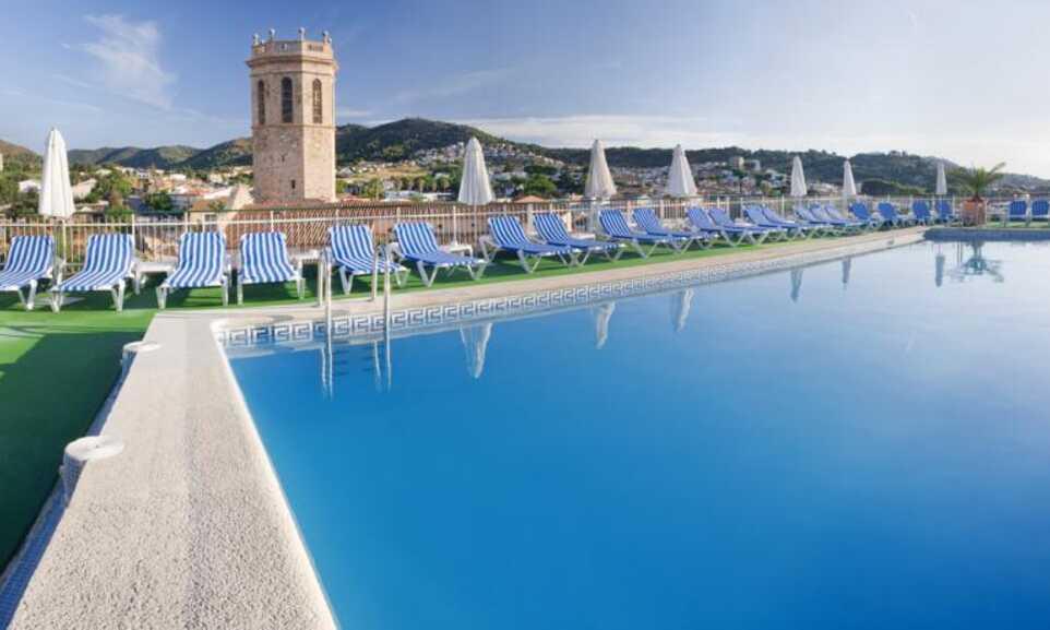 Costa Brava Costa Dorada Karte.Merce Hotel Pineda De Mar Costa Brava On The Beach
