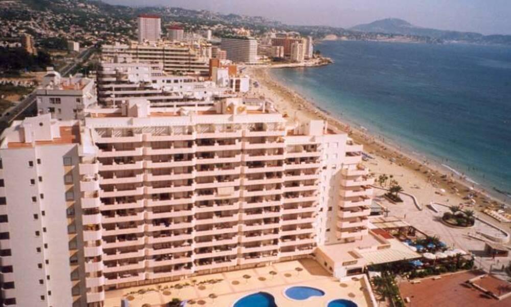 Zafiro apartments calpe costa blanca on the beach