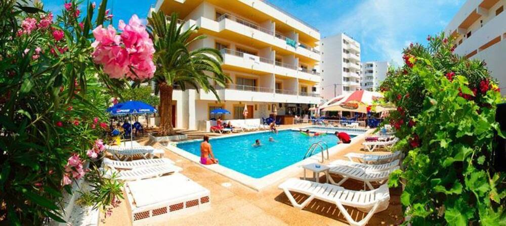 Green line bon sol ibiza apartments playa d en bossa - Hotel apartamentos el puerto ibiza ...