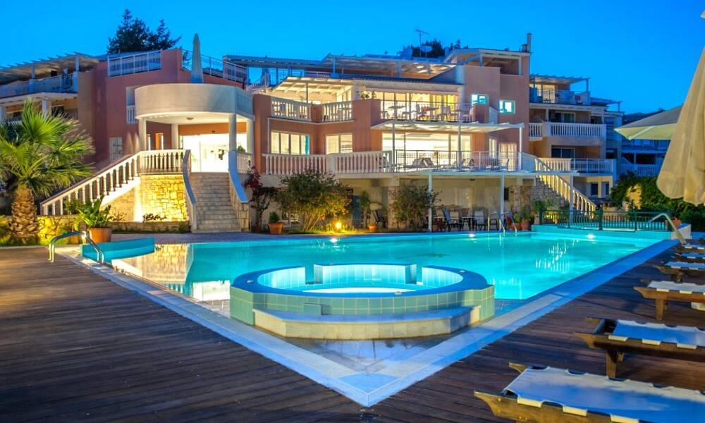 belvedere luxury suites vassilikos zante on the beach