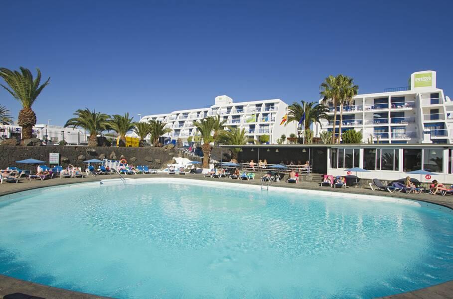 Los Hibiscos Apartments - Puerto Del Carmen, Lanzarote ...