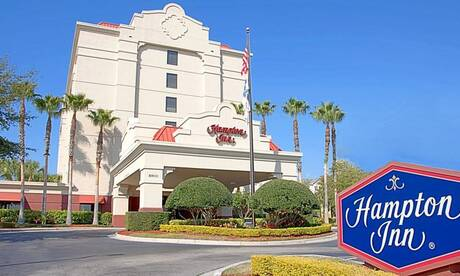 Hampton-inn-international-dr-convention-center