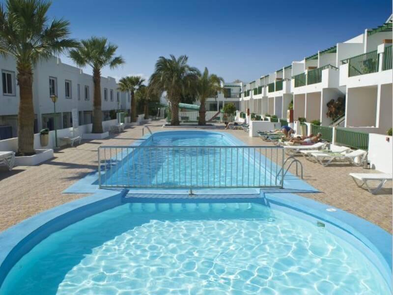 Los gracioseros puerto del carmen lanzarote on the beach - Cheap hotels lanzarote puerto del carmen ...
