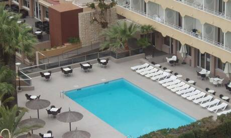 Cheap holidays to benidorm on the beach - Apartamentos picasso benidorm ...