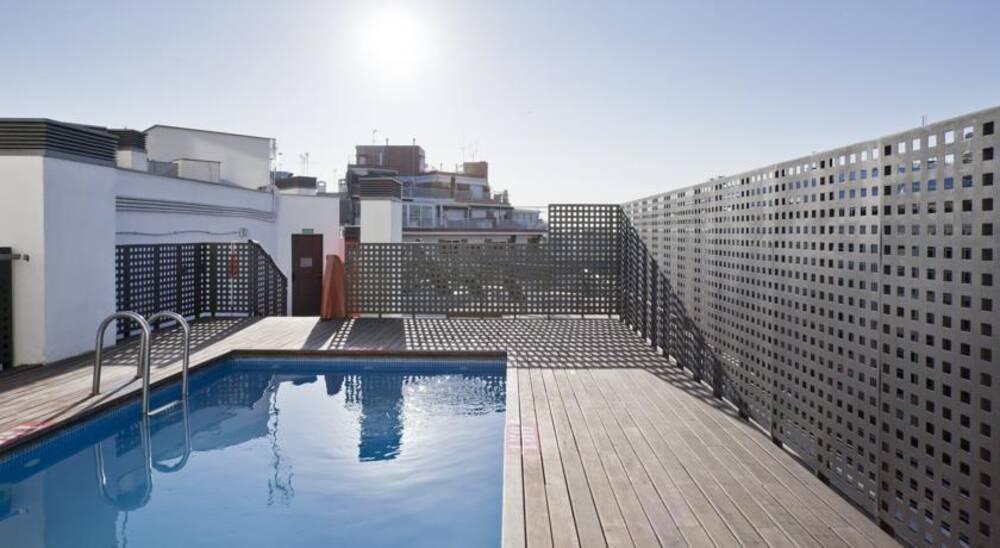 Ilunion auditori barcelona barcelona on the beach - Hotel confortel auditori ...