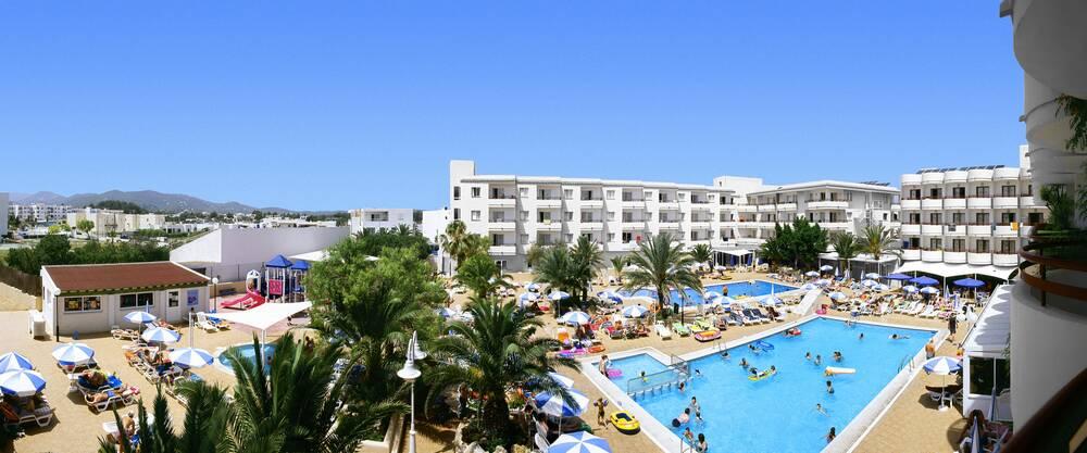Coral Star Hotel & Apartments - San Antonio Bay, Ibiza ...
