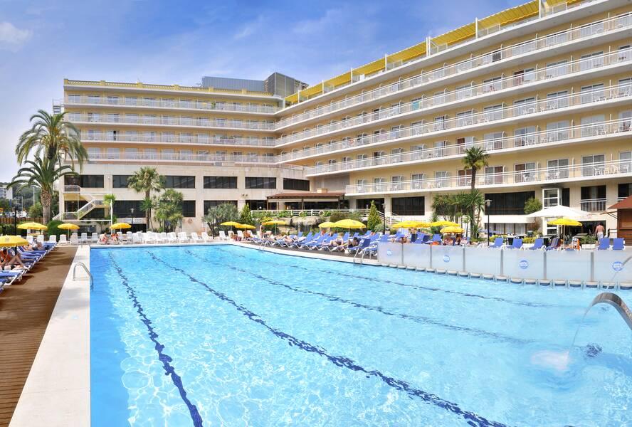 Ght Oasis Park Hotel Lloret De Mar Costa Brava On The