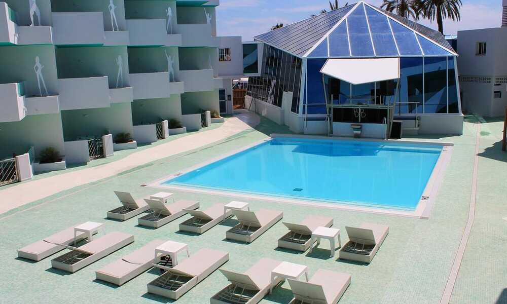 Bora Bora Apartments - Playa D En Bossa, Ibiza | On the Beach