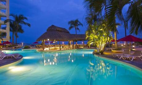 Plaza-pelicanos-grand-beach-resorts