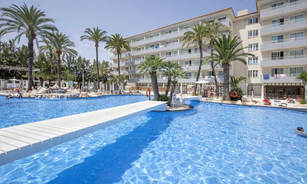 Club B By Bh Mallorca Adults Only Magaluf Majorca On The Beach