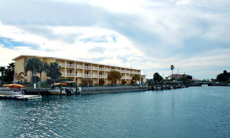 Treasure-bay-hotel-and-marina