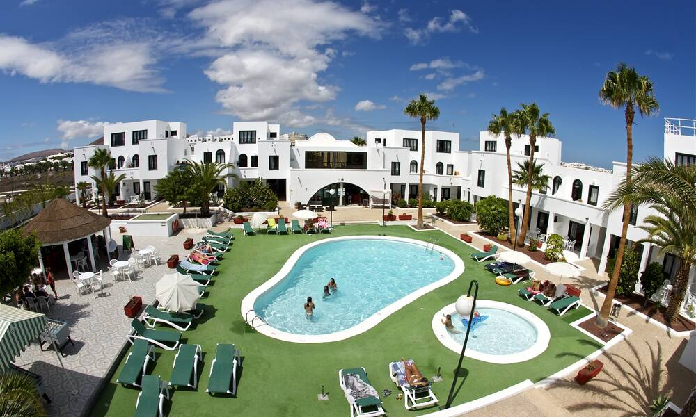 Sol Apartments - Costa Teguise, Lanzarote | On the Beach