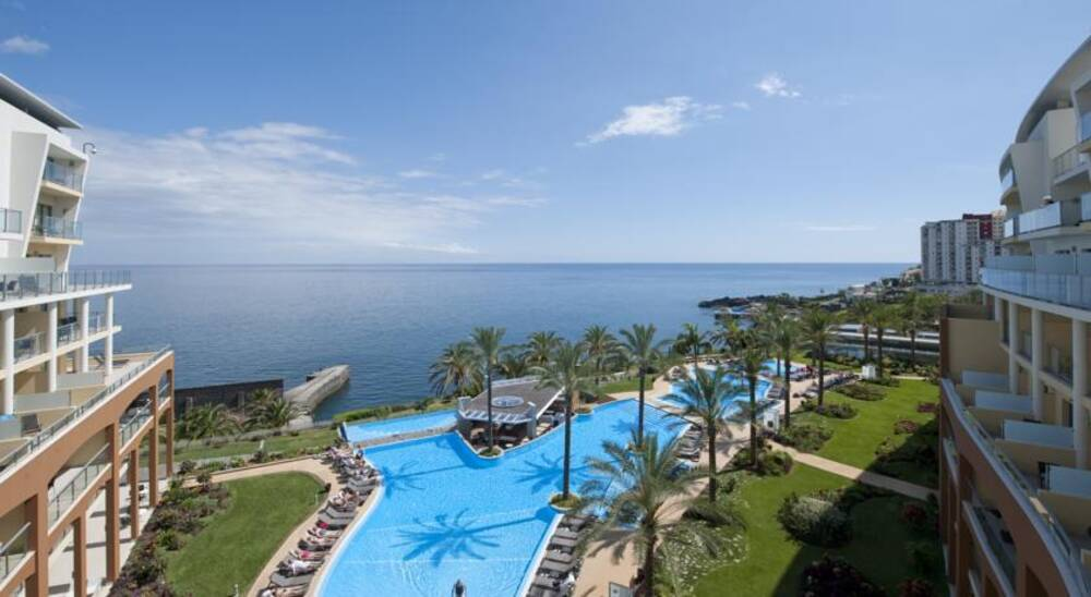 Caleta Beach Hotel Madeira