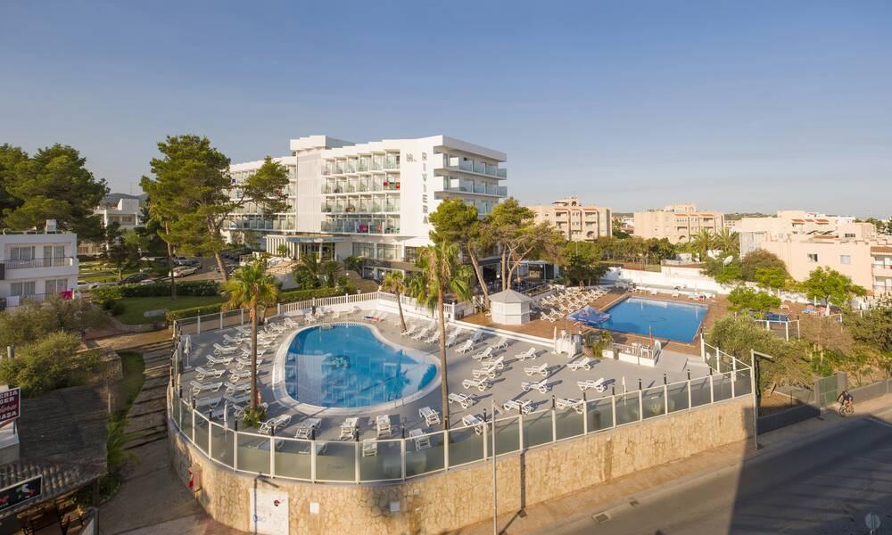 Hotel riviera san antonio bay ibiza on the beach - Hotel apartamentos el puerto ibiza ...