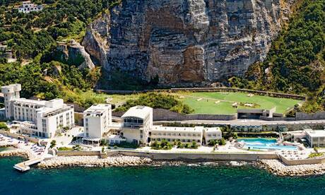 Towers-hotel-stabiae-sorrento-coast