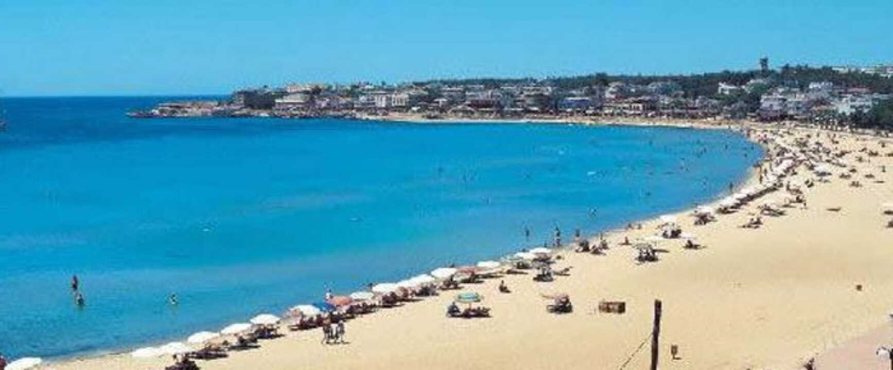 Cheap Holidays To Altinkum On The Beach