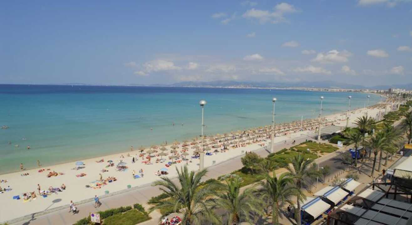 Cheap Holidays To El Arenal On The Beach